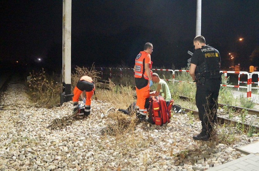 Nastolatek spadł ze słupa. Porażony prądem