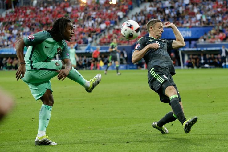 Fudbalska reprezentacija Portugala, Fudbalska reprezentacija Velsa