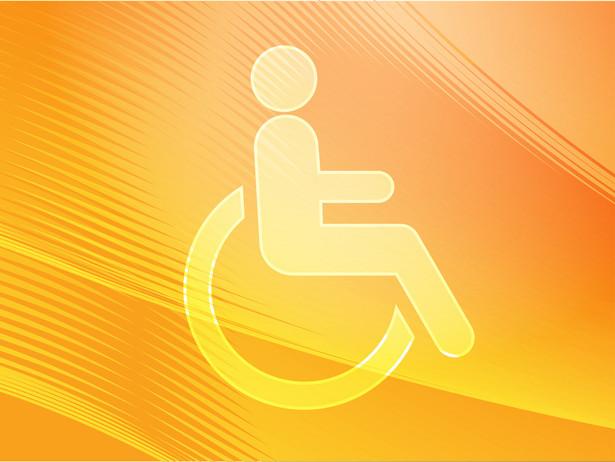 Osoby niepełnosprawne z psami asystującymi - wbrew obowiązującemu prawu - często nie są wpuszczane do urzędów, restauracji, czy innych miejsc publicznych.
