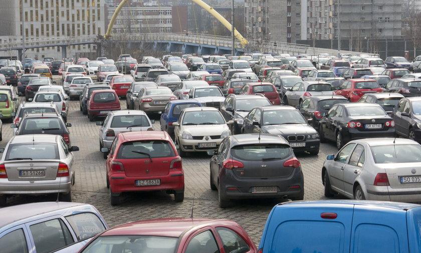 Katowice. Brakuje parkingów w strefie kultury