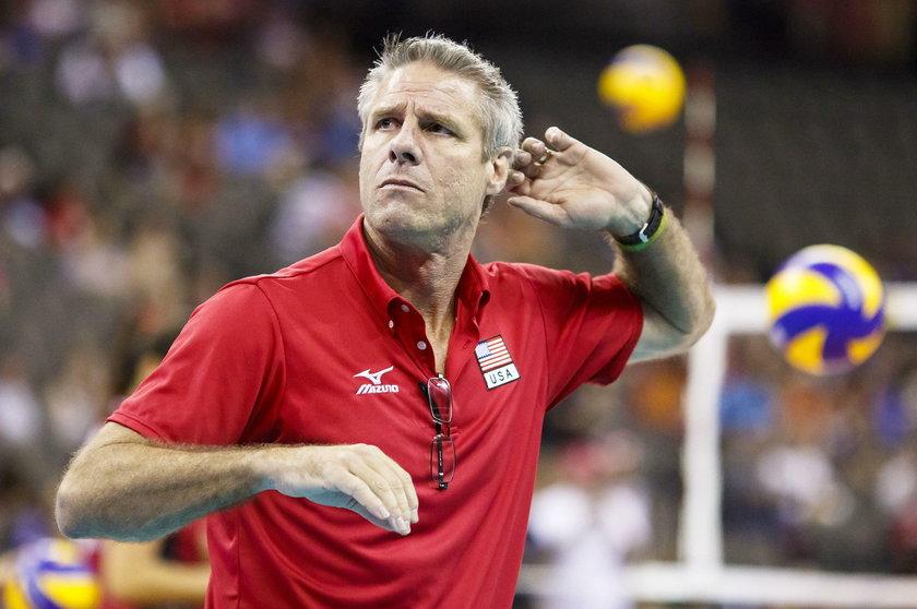 Wasz zespół z miesiąca na miesiąc jest coraz lepszy – mówi o polskiej reprezentacji siatkarek legendarny amerykański siatkarz, a obecnie świetny trener