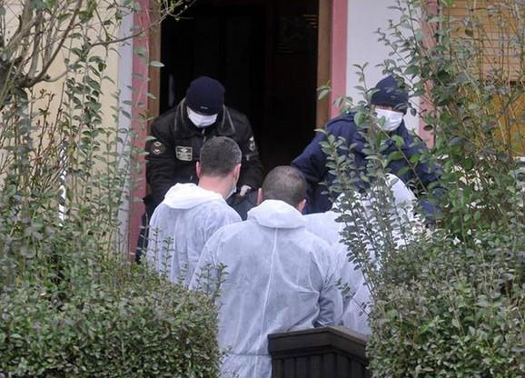 Privedeno je 20 osumljičenih koji se mogli dovesti u vezu sa ubistvom.