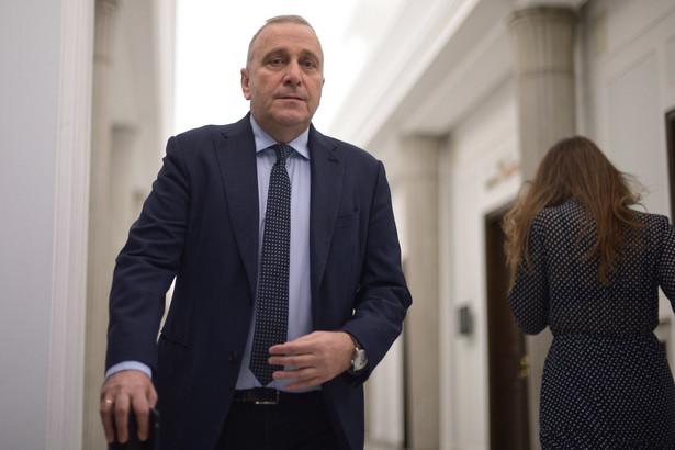Prezydent bez dyskusji wykonuje oczekiwania partyjnej centrali - uważa Grzegorz Schetyna