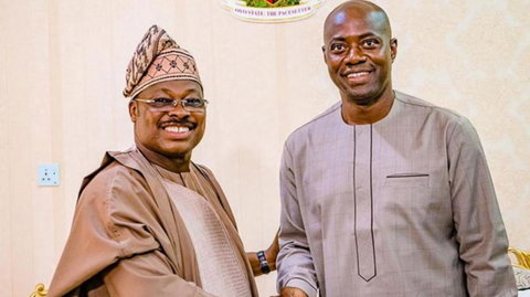 Late former governor of Oyo State, Senator Abiola Ajimobi and his successor, Engineer Seyi Makinde (Yes Magazine)