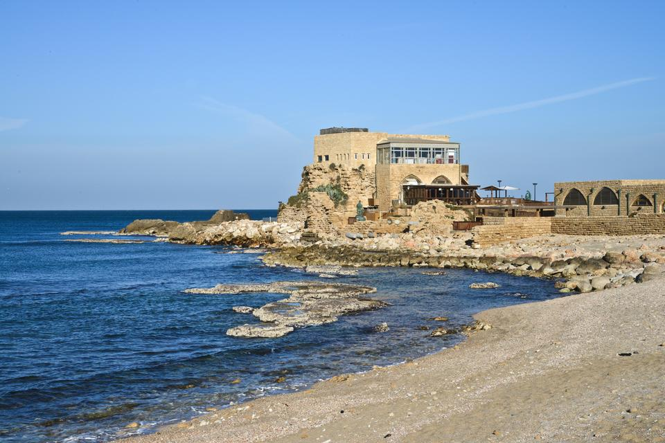 Cezarea - antyczne ruiny nad morzem i oaza izraelskich milionerów.