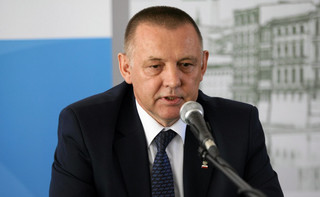 Kancelaria Premiera analizuje, czy można odwołać prezesa NIK bez zmiany konstytucji