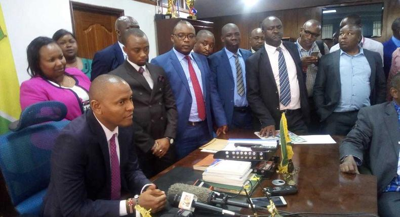 Nairobi County MCAs on Tuesday with Nairobi County Assembly Majority Chief Whip Chege Mwaura who was elected the new temporary speaker.