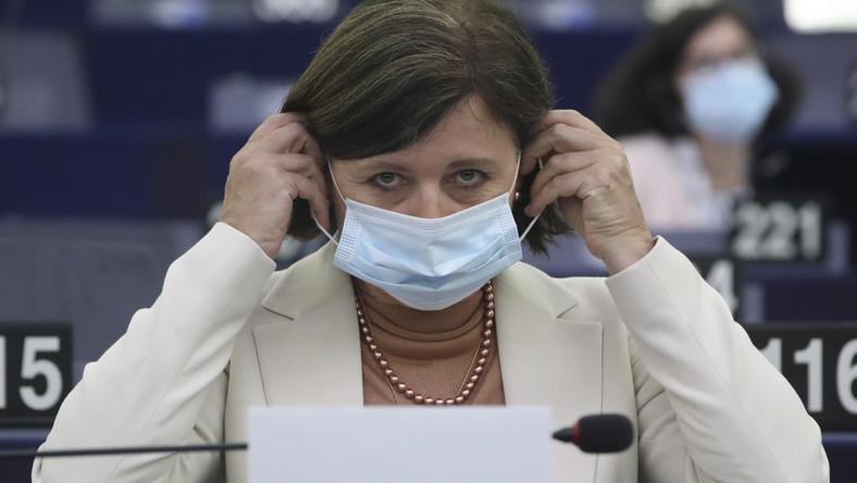 Viera Jourova podczas posiedzenia Parlamentu Europejskiego w Strasburgu