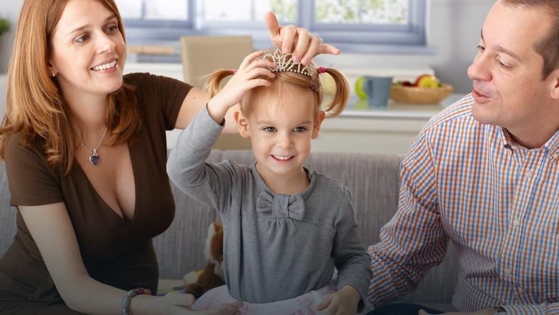 Co zrobić, gdy dziecko nie chce bawić się samo?