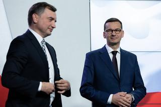 Solidarna Polska spiera się z PiS o regulację internetu