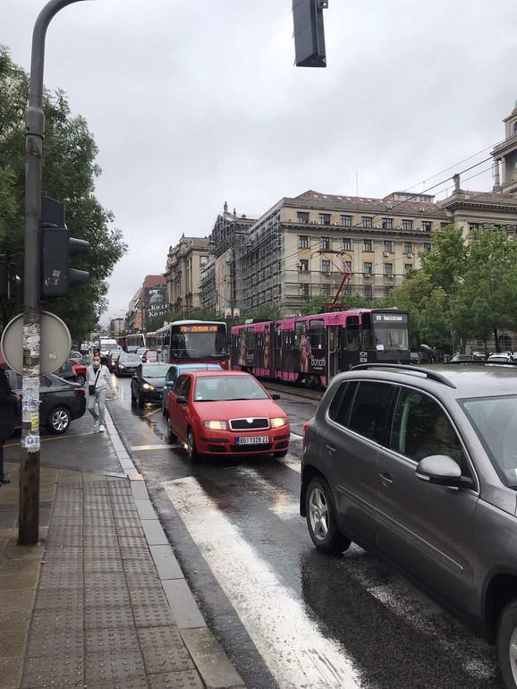 Sudar automobila i tramvaja izazvao je veće gužve u ovom delu grada