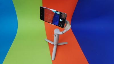 DJI OM5 im Test: Kompakter Selfie-Stick mit Gimbal für 159€
