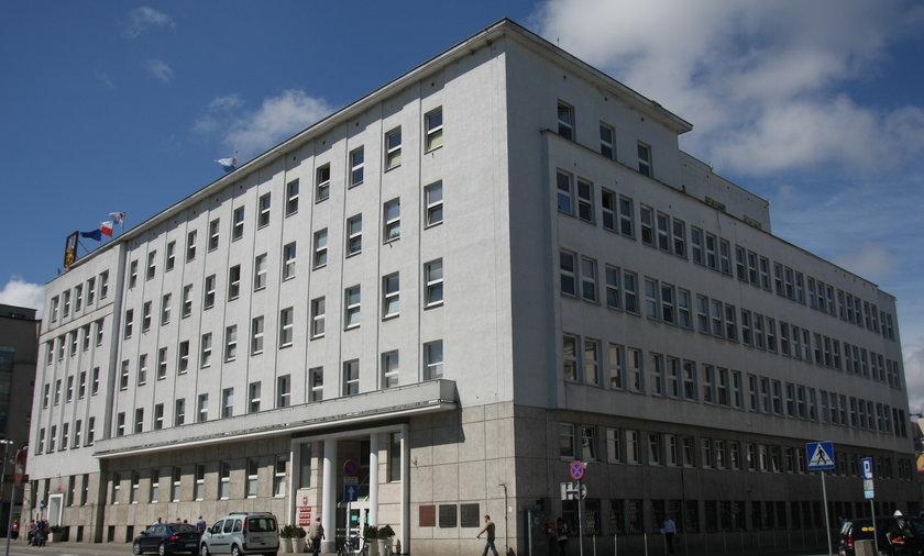 Radni z Gdyni to gamonie - Fakt testuje radnych