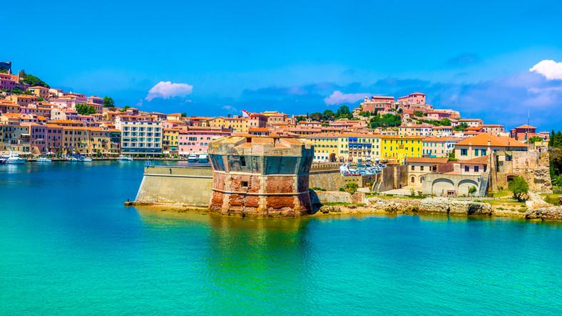 Portoferraio - największe miasto i port na wyspie Elba. Toskania, Włochy.
