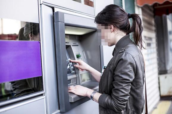 NEOBIČNA MOLBA Na bankomatu pronađeno 500 KM, traži se vlasnik