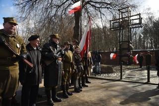 Polacy w całym kraju upamiętniają 'Żołnierzy Wyklętych'