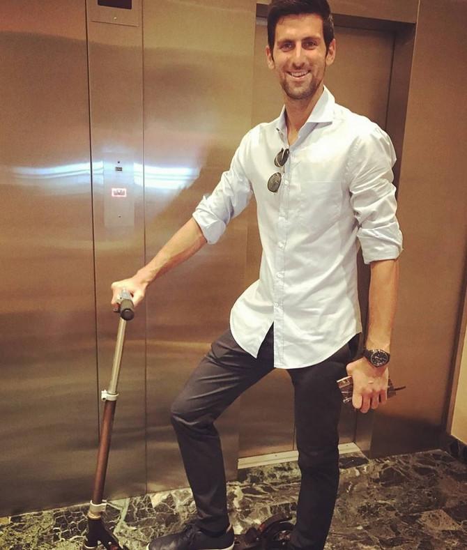 Teniski as: Novak Đoković