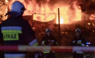 Inowrocław: Przyczyną pożaru przy kamienicy, w której mieszka poseł PO, mógł być niedopałek