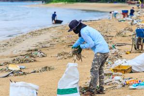 Ovi ljudi vade plastiku iz okeana i prave nešto što obuvate svaki dan!