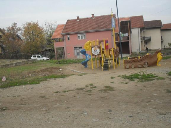 Jedno od spornih igrališta u Prokuplju
