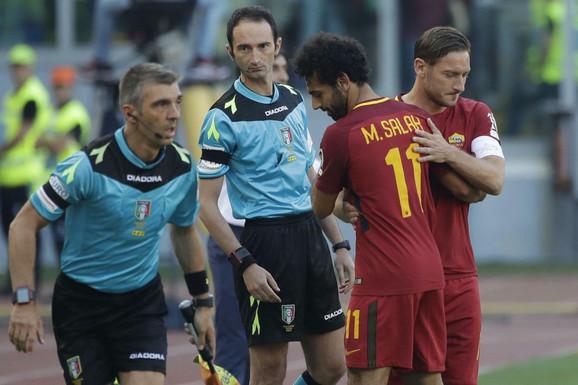 Trenutak kada Toti ulazi u igru umesto Salaha