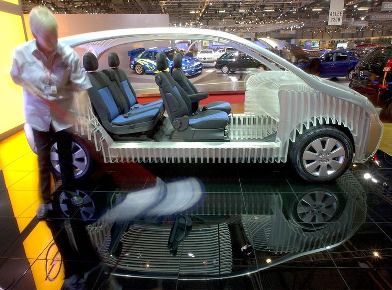 Przypominamy, że z chwilą uruchomienia produkcji merivy pierwszej generacji w roku 2003 Opel stworzył nowy segment rynkowy