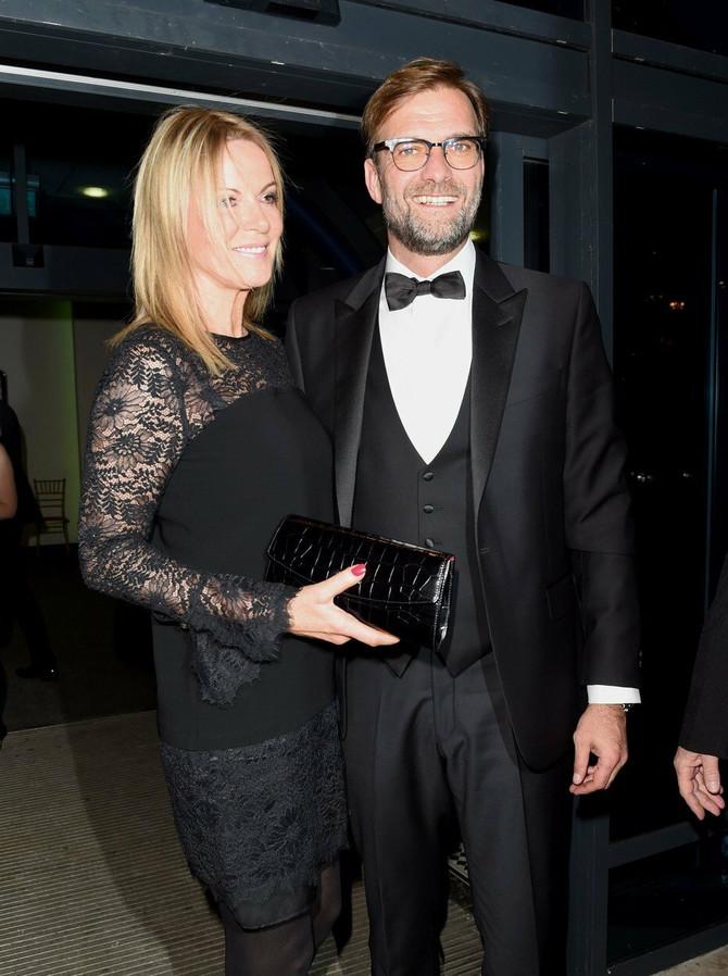 Jirgen Klop sa suprugom