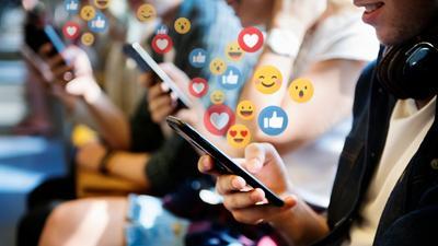 Facebook ogłasza inwestycję w odpowiedzialne tworzenie metaverse
