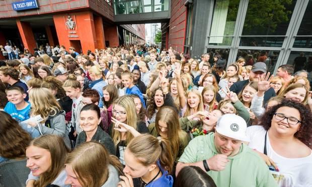 500 Social Media Stars Treffen Fans Bei Videodays In Köln