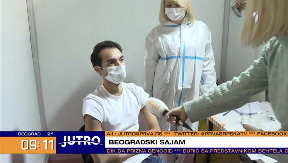 """Filip Čukanović u PROGRAMU UŽIVO PRIMIO VAKCINU protiv korona virusa: """"Hoću  da mogu da živim"""""""
