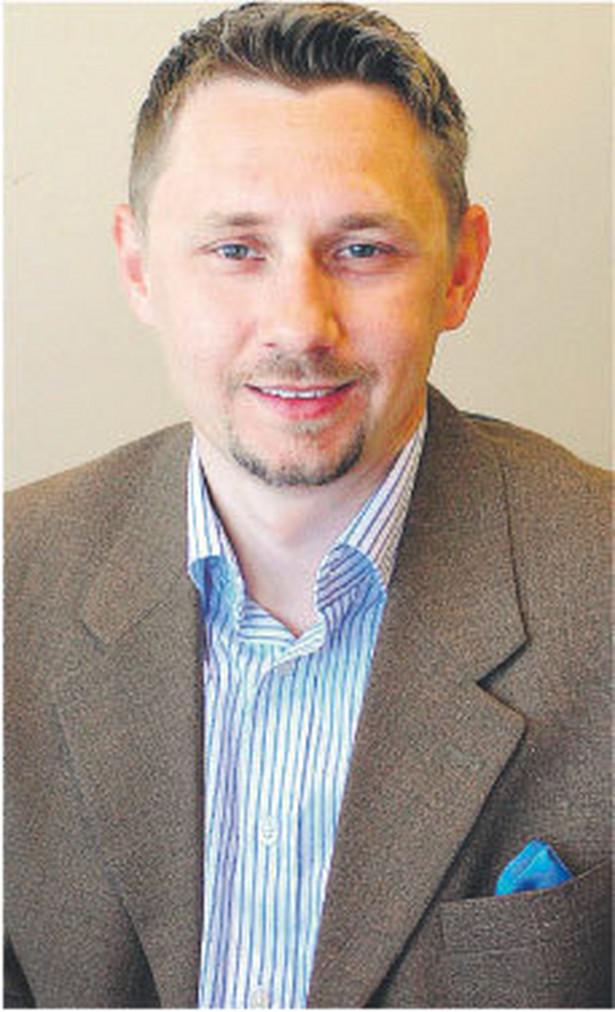 Piotr Krawiec, dyrektor zarządzający agencją Praktycy.com. Zarządza internetowymi markami, m.in.: Onet.pl, Money.pl, Zumi.pl, Fotka.pl, Swistak.pl, Getin.pl Fot. Arch.