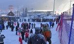 Tłumy kibiców pod Wielką Krokwią. Apele policji nie pomogły