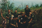 Darko Gajić sa prijateljima- vojnicima 125. motorne brigade