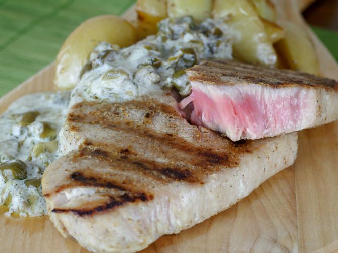 Mediteranska tuna s kaparima i mirođijom