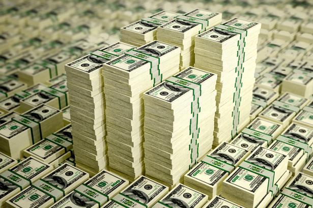 Zagraniczne kredyty są potrzebna Białorusi między innymi do zwiększenia rezerw walutowych i spłacenia w przyszłym roku zaciągniętych kredytów ocenianych na 3 miliardy 200 milionów dolarów