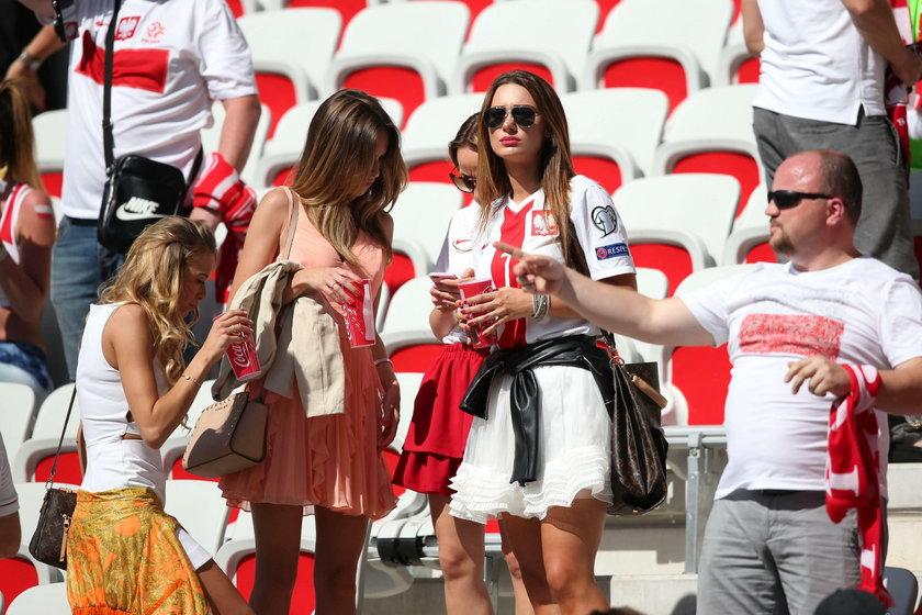 Kobiety naszych zawodników na stadionie!