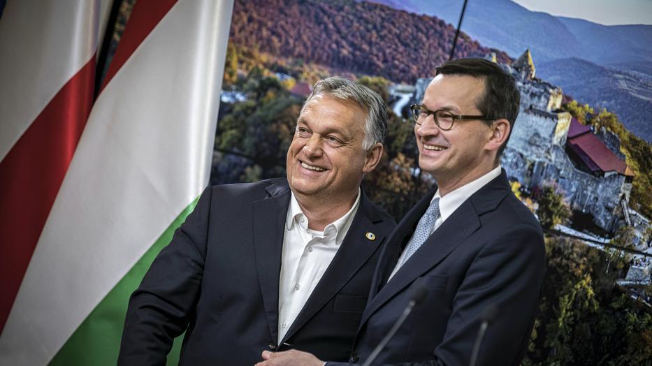 Orbán Viktor magyar és Mateusz Morawiecki lengyel miniszterelnök megvétózta az EU-s költségvetést, nem akarnak jogállami bábáskodást kormányaik felett /Fotó: MTI/Miniszterelnöki Sajtóiroda/Benko Vivien Cher