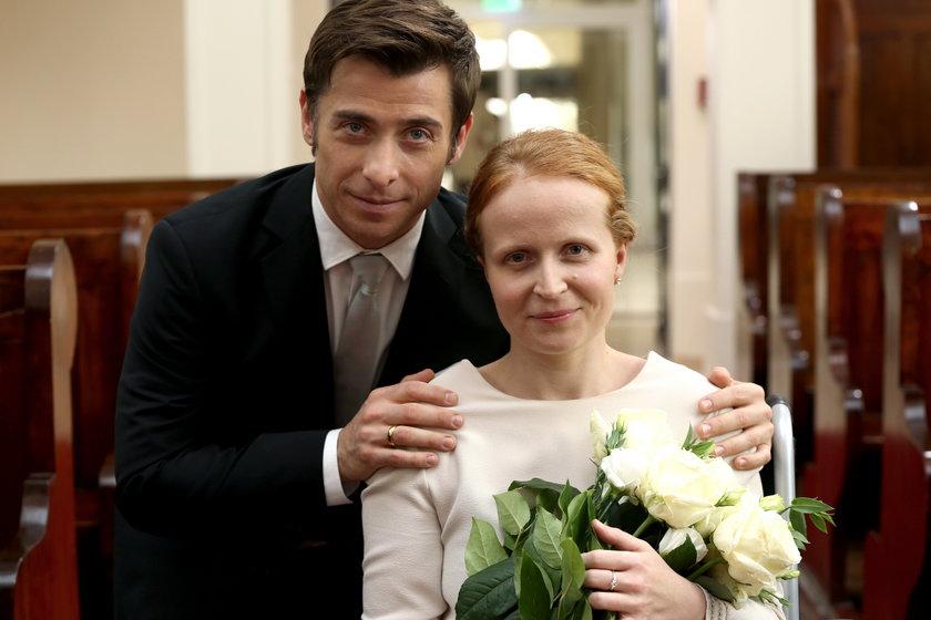 Marek (Kacper Kuszewski) i Ewa (Dominika Kluźniak) się wprost uwielbiają