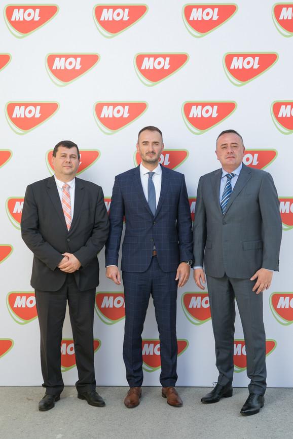 Ministar rudarstva i energetike Aleksandar Antić, direktor MOL Serbia Ante Aralica i ambasador Mađarske u Srbiji Atila Pinter