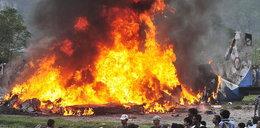 Tak płonął samolot po katastrofie! 19 ofiar