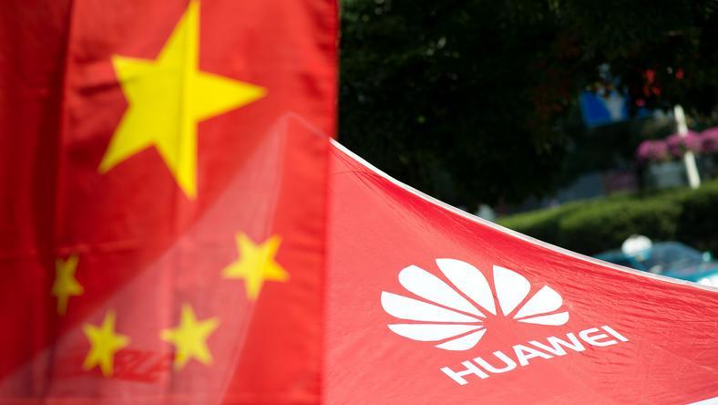 Huawei, olbrzym telekomunikacyjny, powiązany z chińskimi władzami