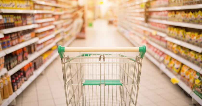 Supermarkety wydają coraz więcej na reklamę