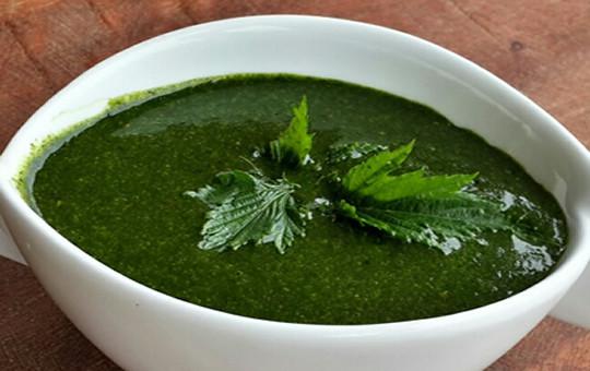 Ewedu soup in a bowl plate (abulaalacartenaani)