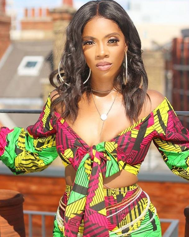 Tiwa Savage flaunts curves in sexy Ankara outfit