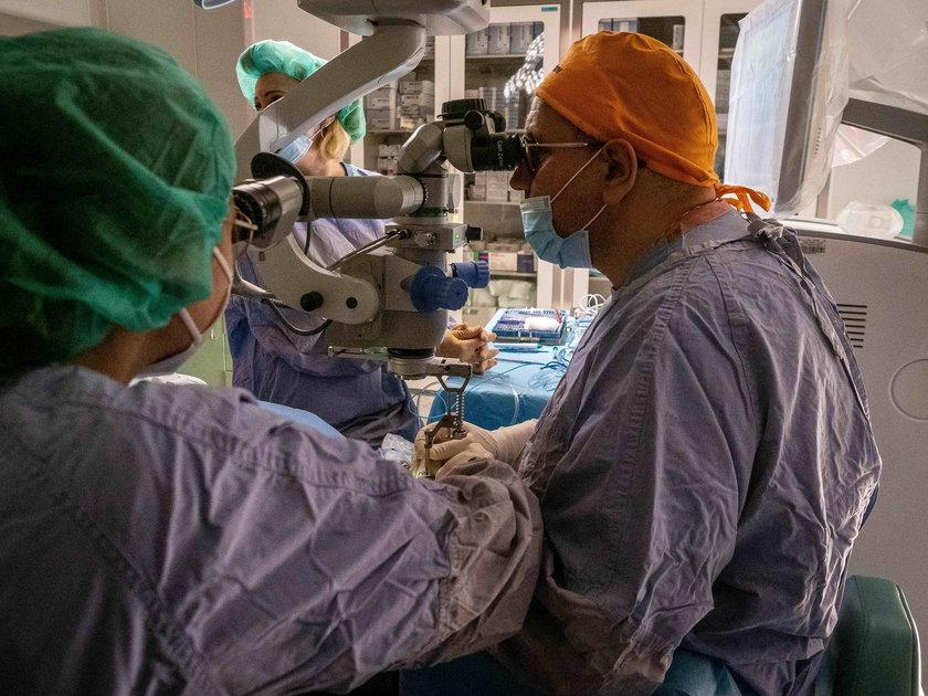 Operacja oka w szpitalu Jonschera w Łodzi