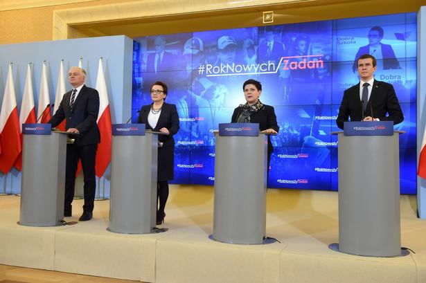 Premier Beata Szydło, Jarosław Gowin, Anna Zalewska, Witold Bańka, PAP/Radek Pietruszka