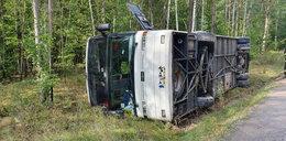 Wypadek autokaru z dziećmi na Mazowszu. Wielu rannych