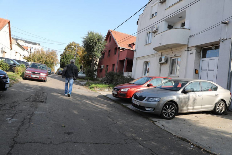 Zemun, Banijska ulica, ubadanje