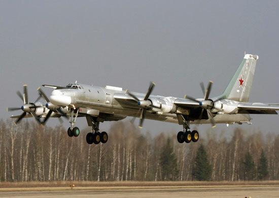 Bombowce strategiczne Tu-95MS to zmodernizowana wersja konstrukcji, pamiętającej jeszcze lata 50. XX wieku