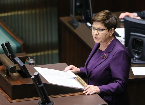 Premier Beata Szydło przemawia podczas obrad Sejmu
